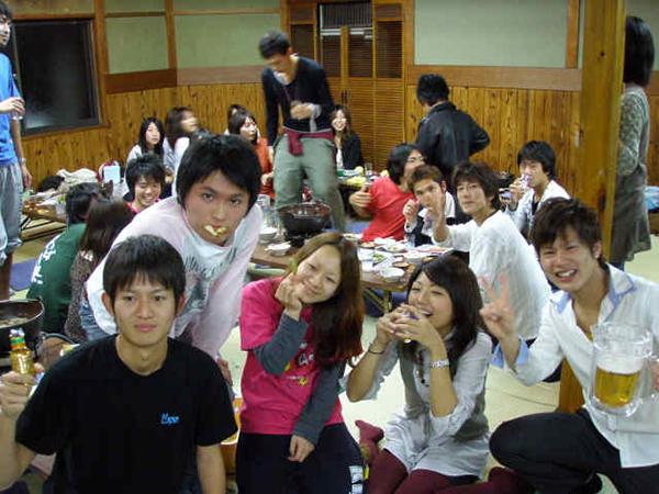 近畿大学薬学硬式庭球部の皆様!
