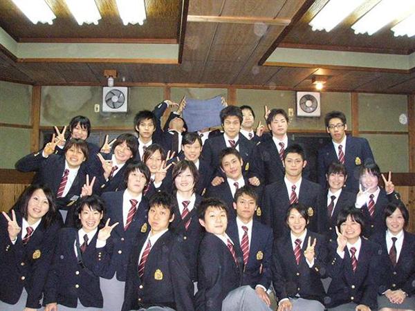 近畿大学水泳部の皆様!